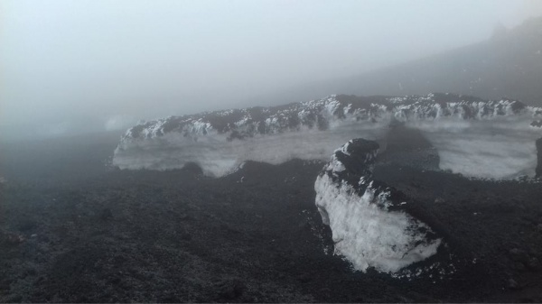 Neve sull\'Etna, oggi 16 luglio 2016