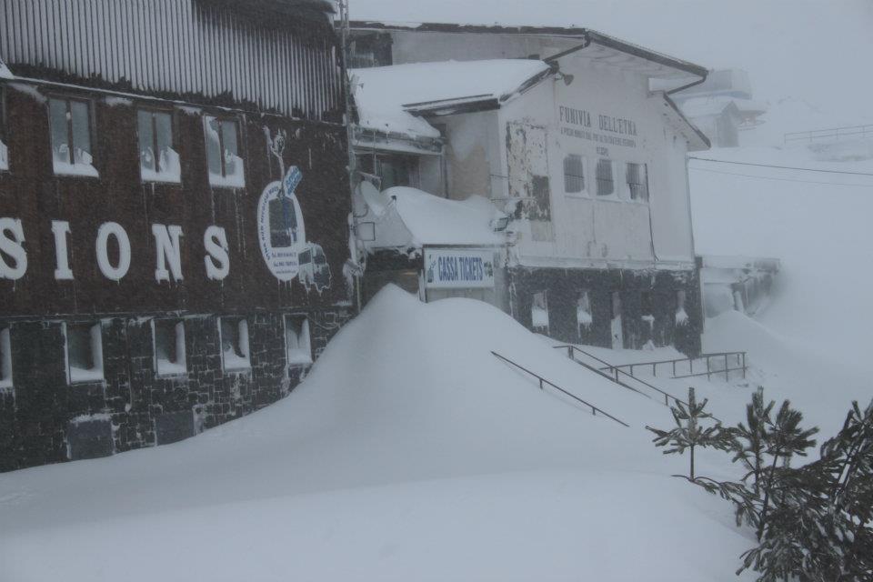 FIno a 200 cm di neve sull'Etna