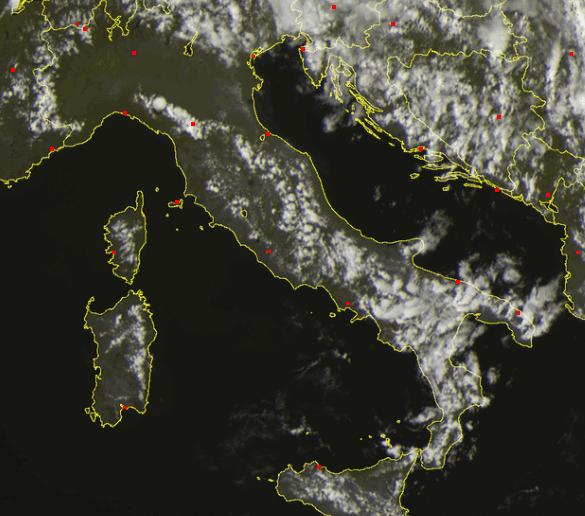 Situazione meteo satellitare ore 15.00