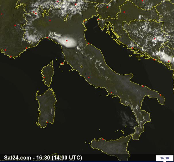 Situazione Live dal Satellite - forte temporale in Toscana