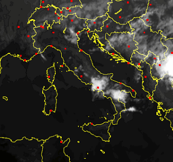 Situazione attuale sull'Italia, scatto satellitare ore 20.45