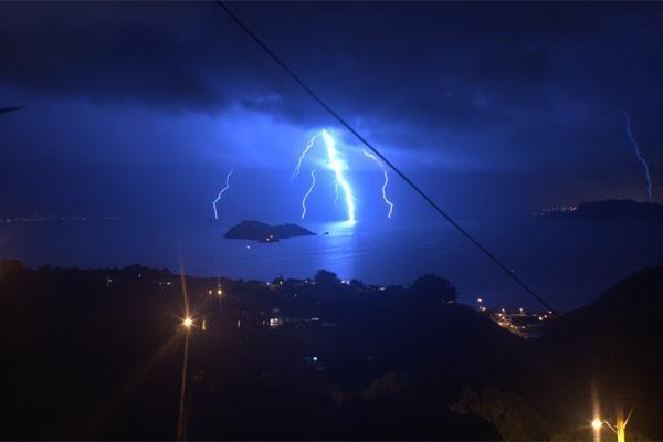 Wellington (Nuova Zelanda): tempesta di fulmini 20 Agosto 2012