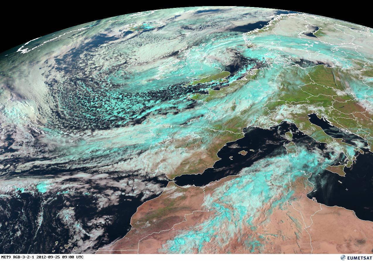 EUMETSAT, immagine satellitare. Fine settembre è legato ancora alla circolazione meridionale, con il convogliamento di masse d'aria più umide verso Nord, calde al Sud