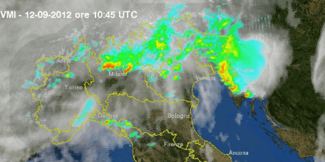 Situazione ore 12.45 - Temporali su Est Friuli e Lombardia