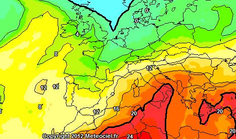 Caldo Intenso al Sud. Ecco le temperature a 1500 metri di altezza previste per Domenica. Evidente la risalita calda di origine africana