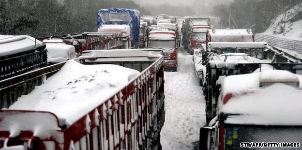 Cina in ginocchio per le forti nevicate. CNN