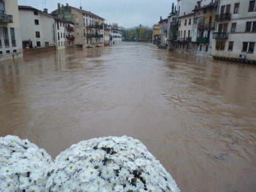 Maltempo Allerta Meteo Veneto 28-29 Novembre 2012 - Allarme per il fiume Bacchiglione
