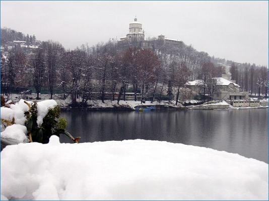Piemonte, 13 Dicembre 2012, neve in pianura. Torino neve in arrivo