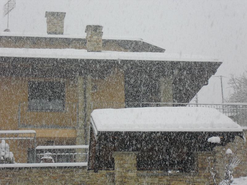 Forti nevicate nel cuneese immortalate questa mattina