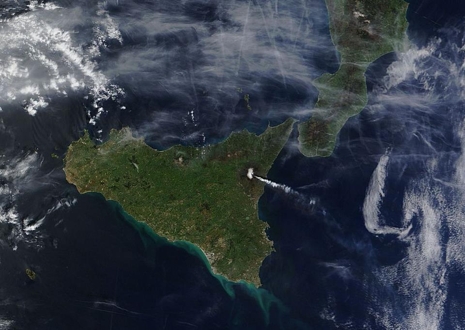 Eruzione Etna Foto : Volge al termine la decima eruzione dell'anno, dopo oltre 16 ore di attività intensa