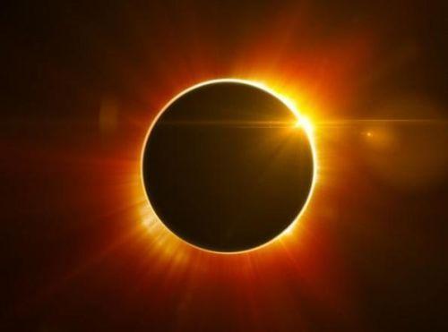 Eclissi anulare di Sole 9-10 Maggio 2013