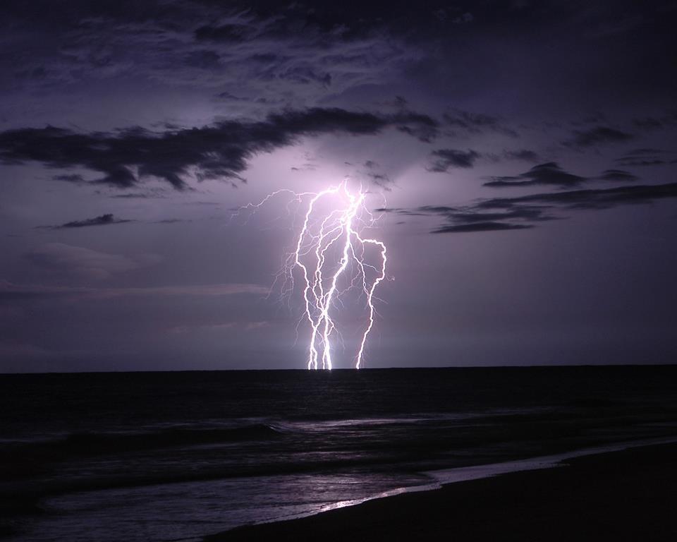 Puglia : Ancora caldo. Arrivano i temporali nel week-end?