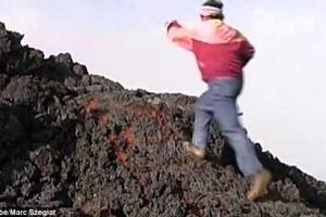 L'uomo che cammina sulla lava: com'è possibile?