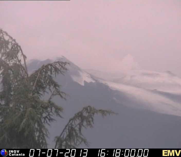 neve sull'Etna oggi
