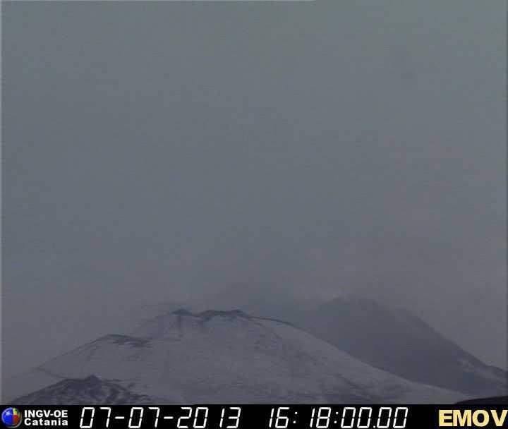 Sicilia - Neve caduta sull'Etna oggi