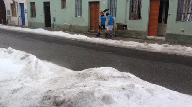 Lombardia : Violenta grandinata si abbatte su Barbariga, BS