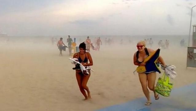 Tempesta di Sabbia colpisce Rimini - 29 Luglio 2013