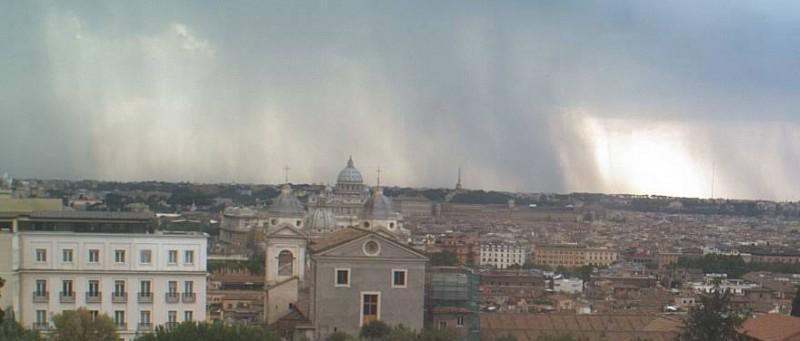 Meteo Roma, 6 Luglio 2013: temporale pomeridiano dopo mattinata calda