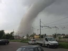 Uno dei tornado che colpì l'Emilia il 3 Maggio 2013. In quella situazione gli indici temporaleschi erano molto simili a quelli previsti per la giornata odierna