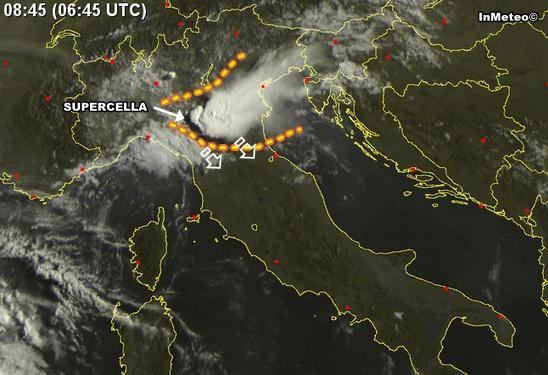 Meteo : Supercella vista dal Satellite - Sat24.com