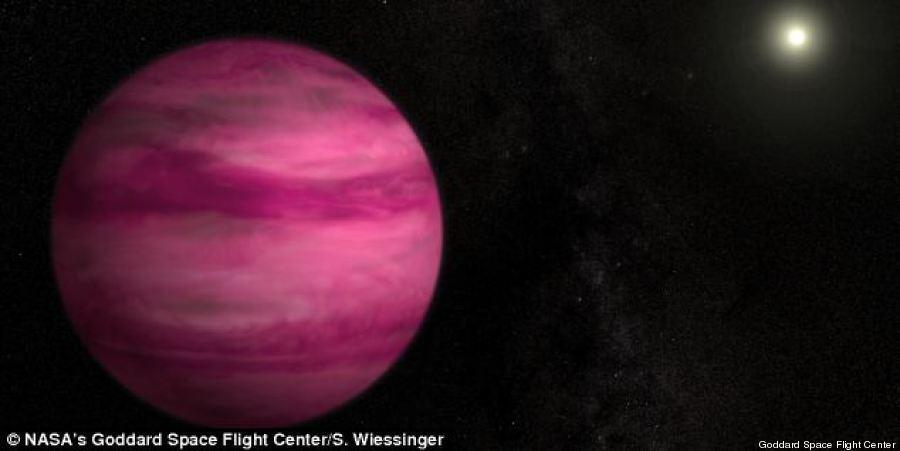 """Scoperto globo """"vicinissimo"""" alla Terra: è il pianeta rosa"""
