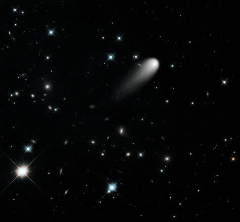 La cometa Ison fotografata dal telescopio spaziale Hubble (fonte: NASA, ESA, and the Hubble Heritage Team-STScI/AURA)