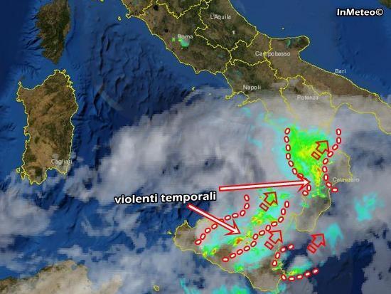 Forti temporali in atto tra Sicilia e Calabria - Scatto Radar della Protezione Civile ore 14.20