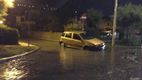 Sicilia : Maltempo e nubifragi in atto nel messinese