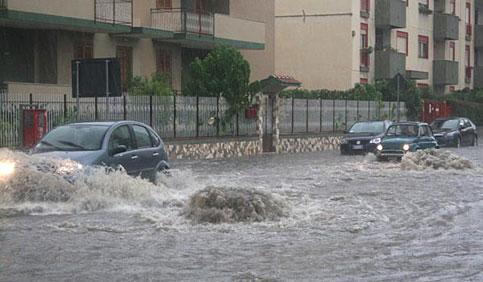 Allerta Meteo : rischio nubifragi Domenica sul Nord Italia