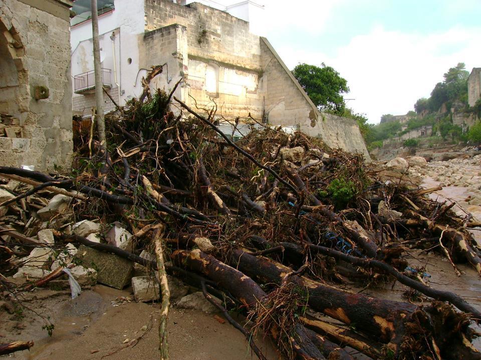 Alluvione Ginosa-Puglia 7-8 Ottobre 2013 - Tantissimi danni
