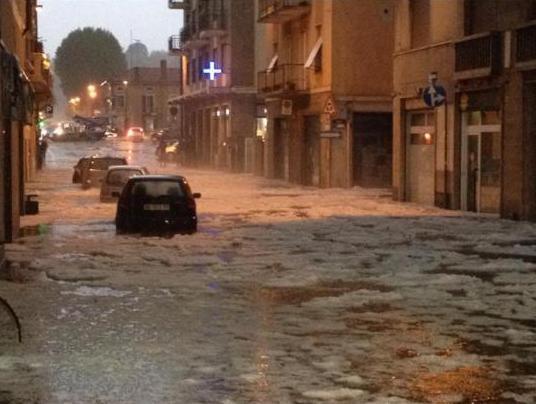 Piemonte : violenta grandinata si abbatte su Borgomanero - Foto Marzia Spera