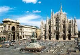 Maltempo in Lombardia: Milano intorno a mezzogiorno, sotto forti rovesci di pioggia