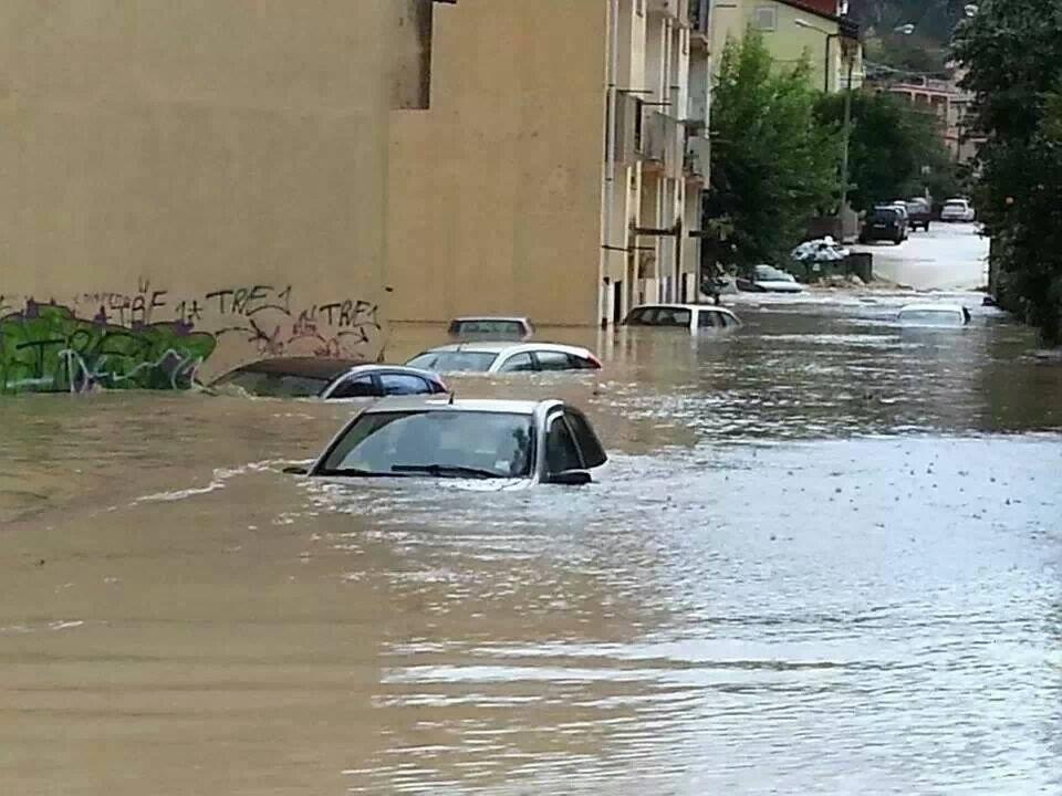 Alluvione Calabria 19 Novembre 2013 : Situazione critica a Catanzaro