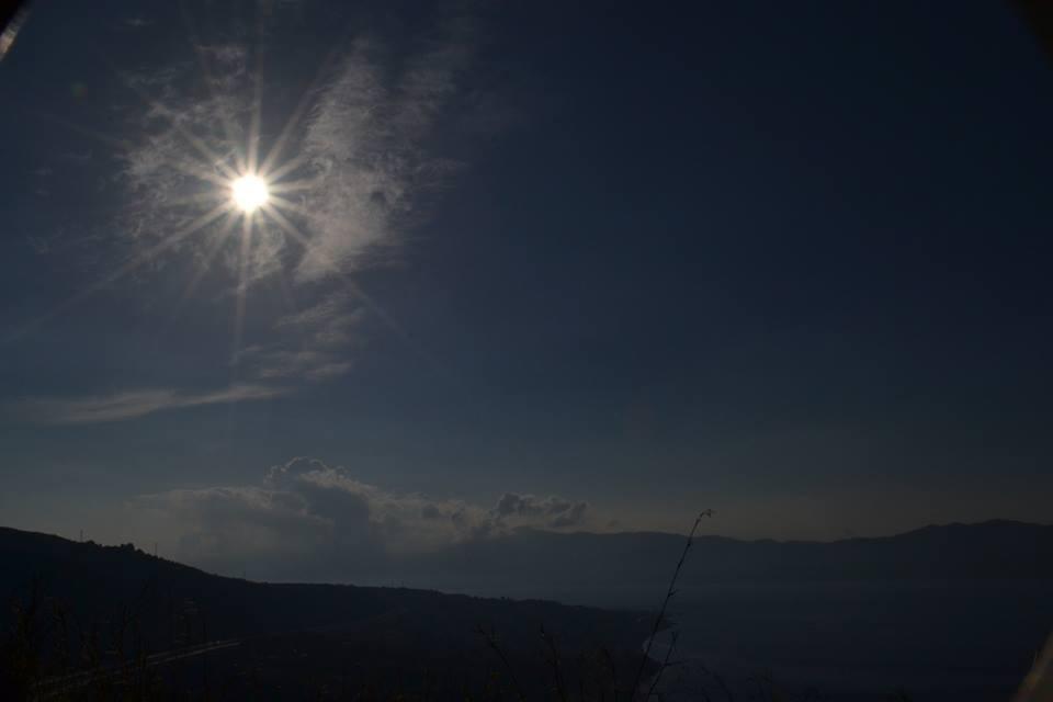 Eclissi solare parziale vista dallo Stretto di Messina, oggi 3 Novembre 2013. Foto di Chiara Bello