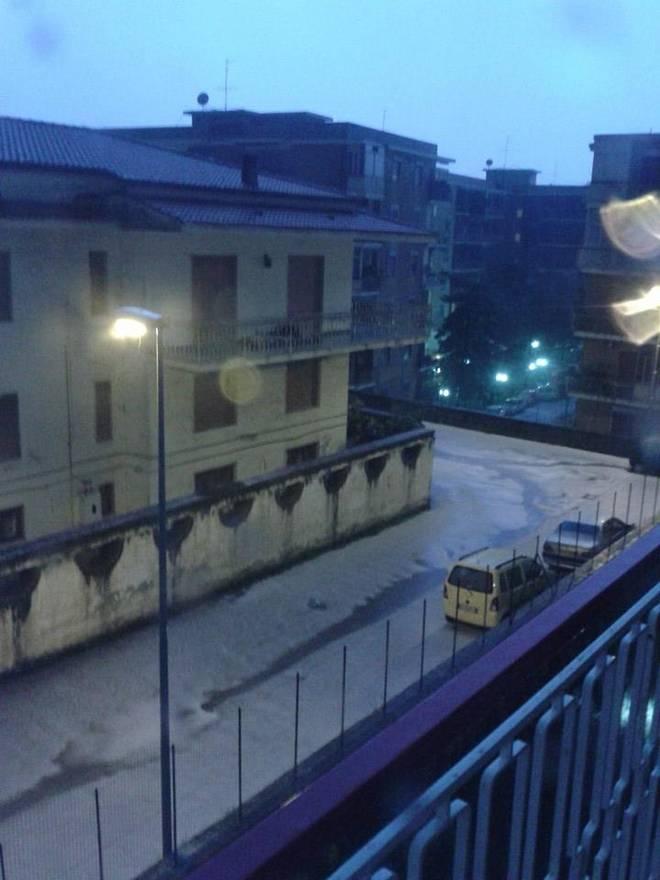 Violenta grandinata colpisce Marano (Napoli)