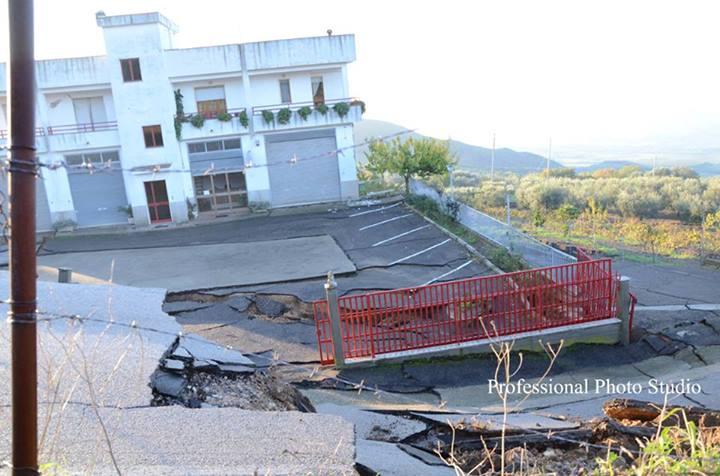 Frane incredibili in atto a Montescaglioso - Copyright Studio Giuseppe Ditaranto