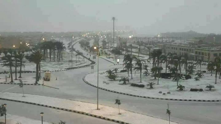 Neve giunta anche a Il Cairo