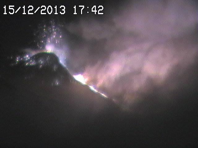 Etna in eruzione: boati uditi fino in Calabria