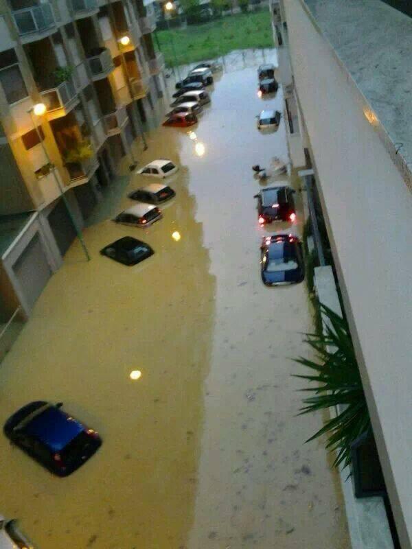 Maltempo Abruzzo : inondazioni a Francavilla al Mare (Chieti)