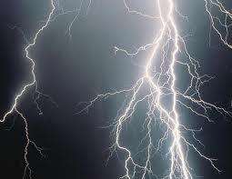 Puglia : forti temporali in arrivo, allerta meteo per il lato ionico