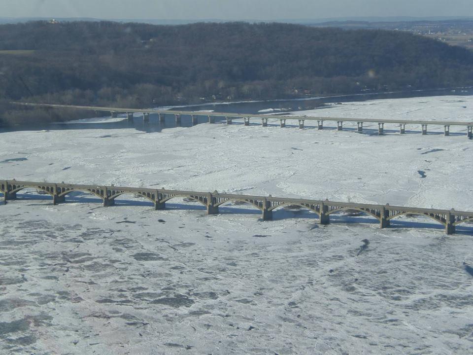 Fiume Susquehanna in Pennsylvania, totalmente congelato
