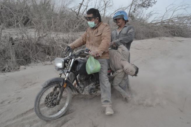 Sale a 15 il numero delle vittime a Sumatra
