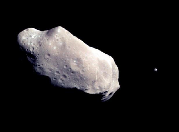 Asteroide 2014 CU13 in avvicinamento: incertezze sulla sua precisa direzione, questa sera diretta streaming