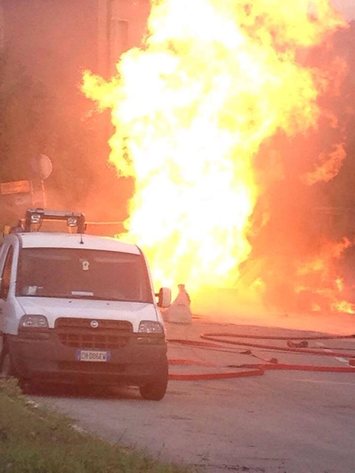 Forte esplosione a Ravenna