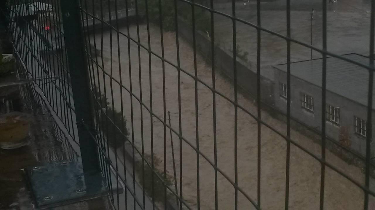 Alluvione Genova: esonda anche il Rio Torbella