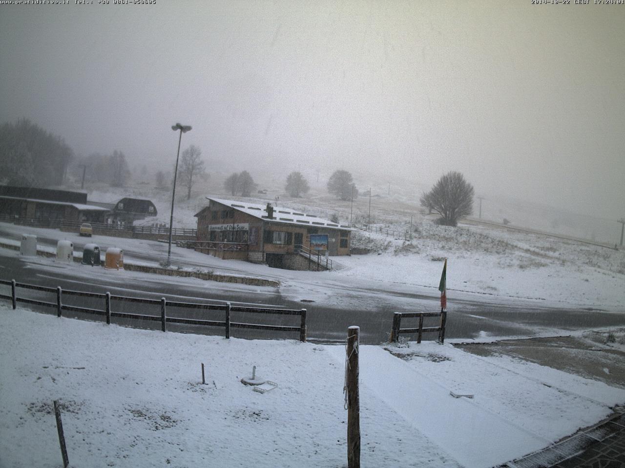 Meteo Ottobre: forti nevicate in atto sull'Appennino Centrale