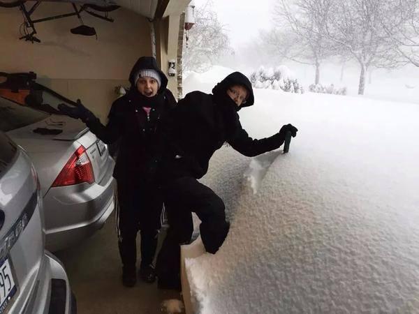 Stupende immagini delle copiose nevicate sugli States: prima fra tutte la città di Buffalo