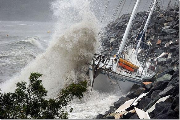 Previsioni meteo oggi: maltempo, temporali e forti venti