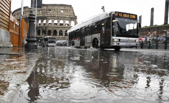 Previsioni meteo Roma: forte maltempo e nevicate a quote basse