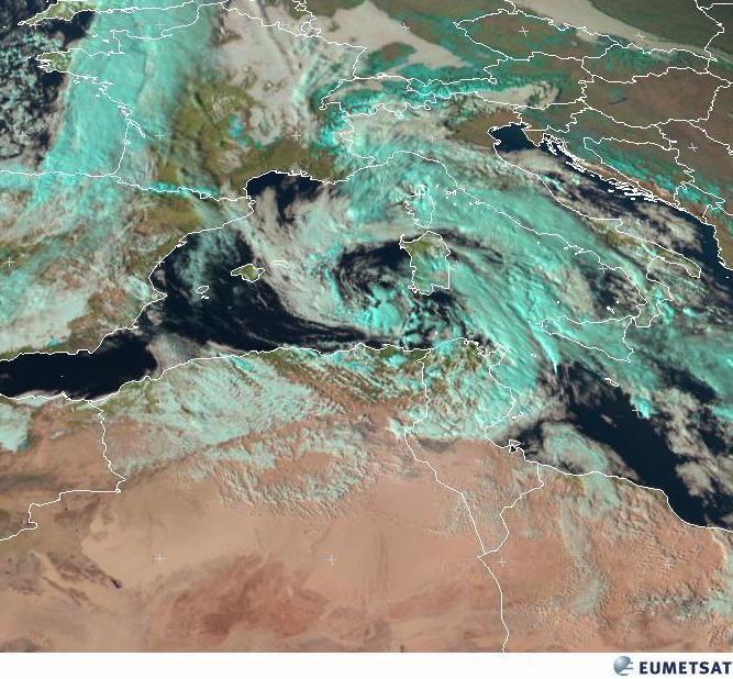 Situazione meteo in diretta: vortice instabile in azione sull'Italia